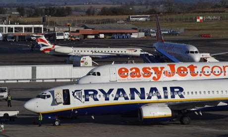 Ryanair and Easy Jet planes