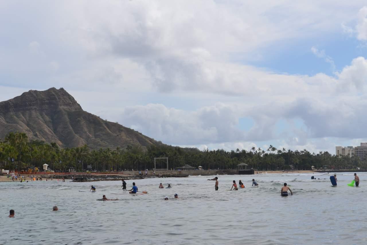 Foi no Havaí que eu conheci o Paddle-boarding, esporte muito praticado na praia de Waikiki.