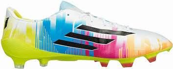 Adidas Adizero, criado especialmente para Lionel Messi, com as cores da Argentina