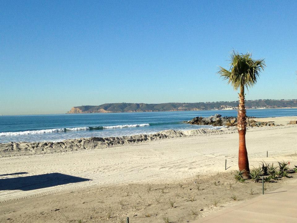 Com 3km de extensão, Coronado Beach é uma das principais atrações da ilha.