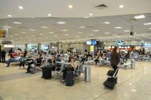 aeroporto-viracopos-demalaecuiapelomundo