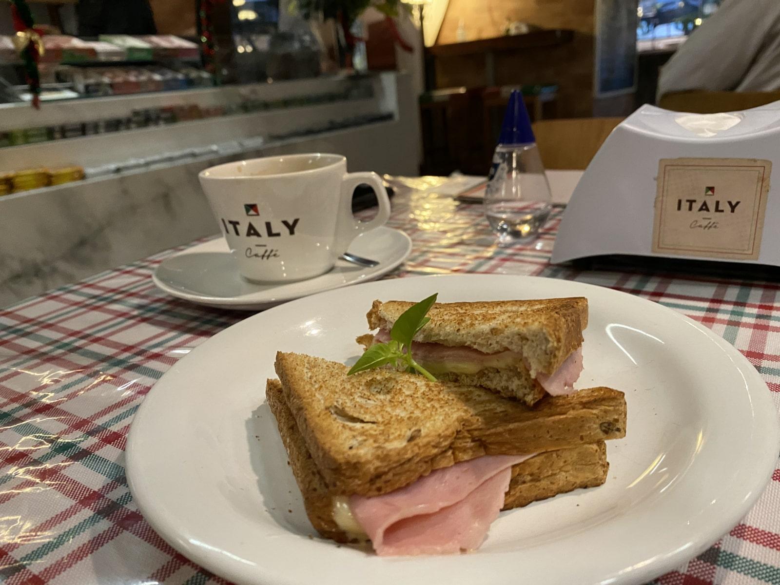 Italy-Café
