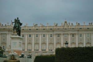 atrações-imperdíveis-em-Madrid-Palacio-Real