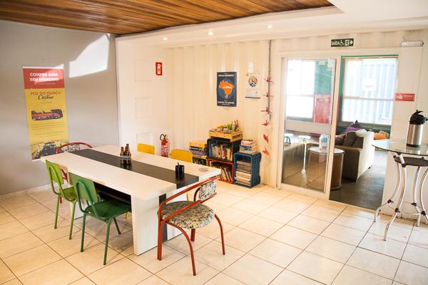 A copa e extensão da cozinha