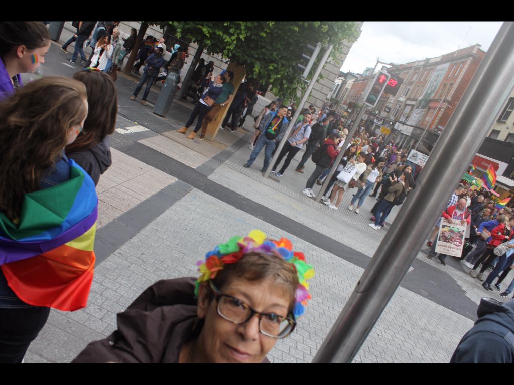A Viajante Mãe carimbou o passaporte em Dublin, e se divertiu na Dublin Gay Pride!