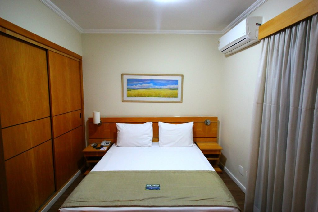 Bom e barato hotel no Jardins 600