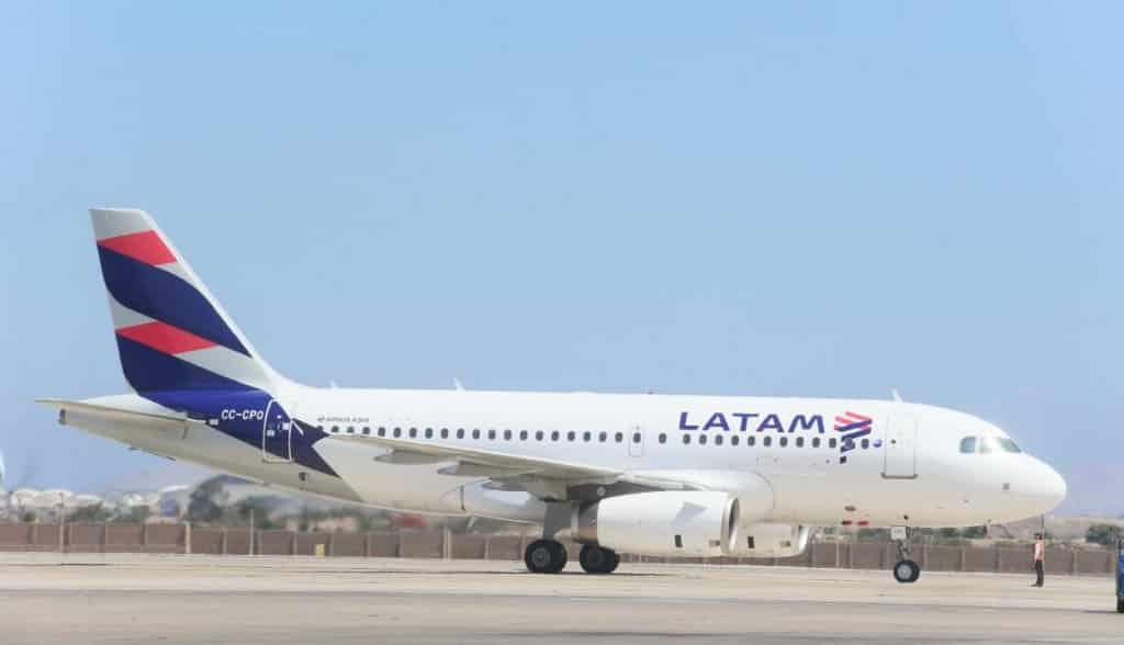 LATAM inaugura voo direto Brasília-Santiag