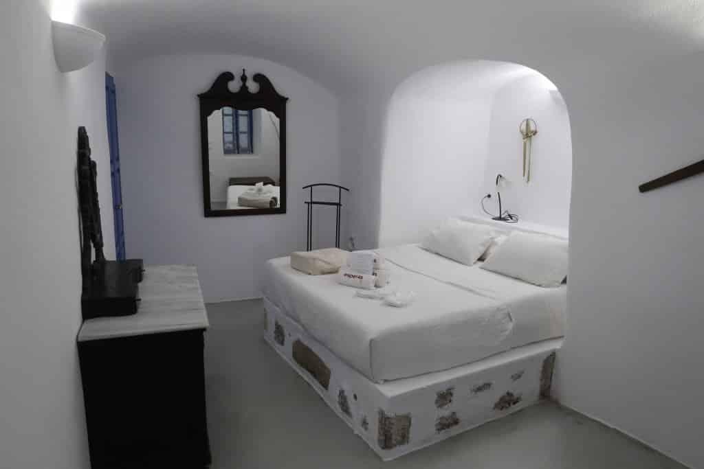 hotel-esperas-santorini-estevam-pelo-mundo
