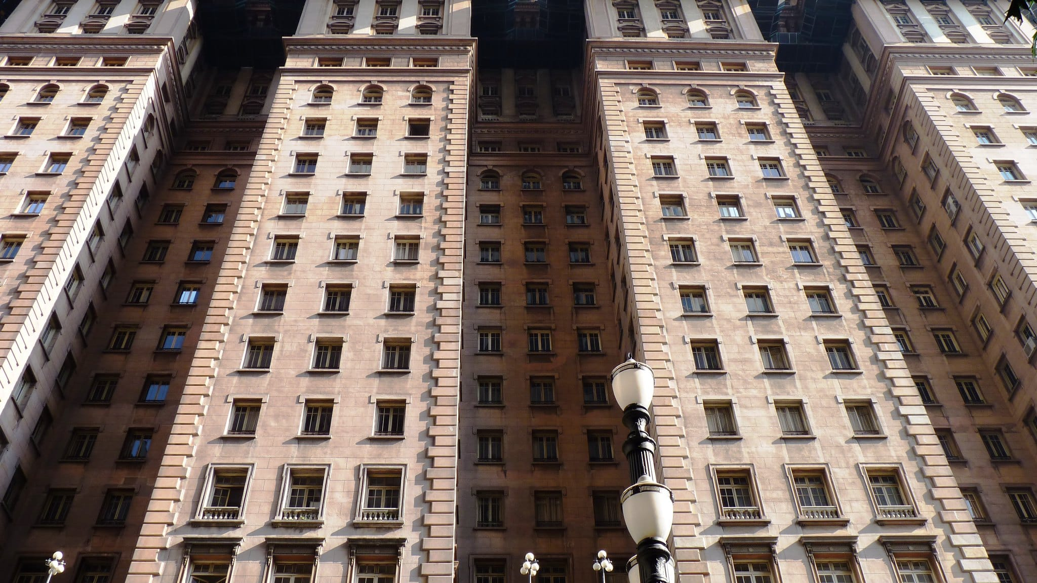 O edifício Martinelli é um dos mirantes para visitar em São Paulo na região central