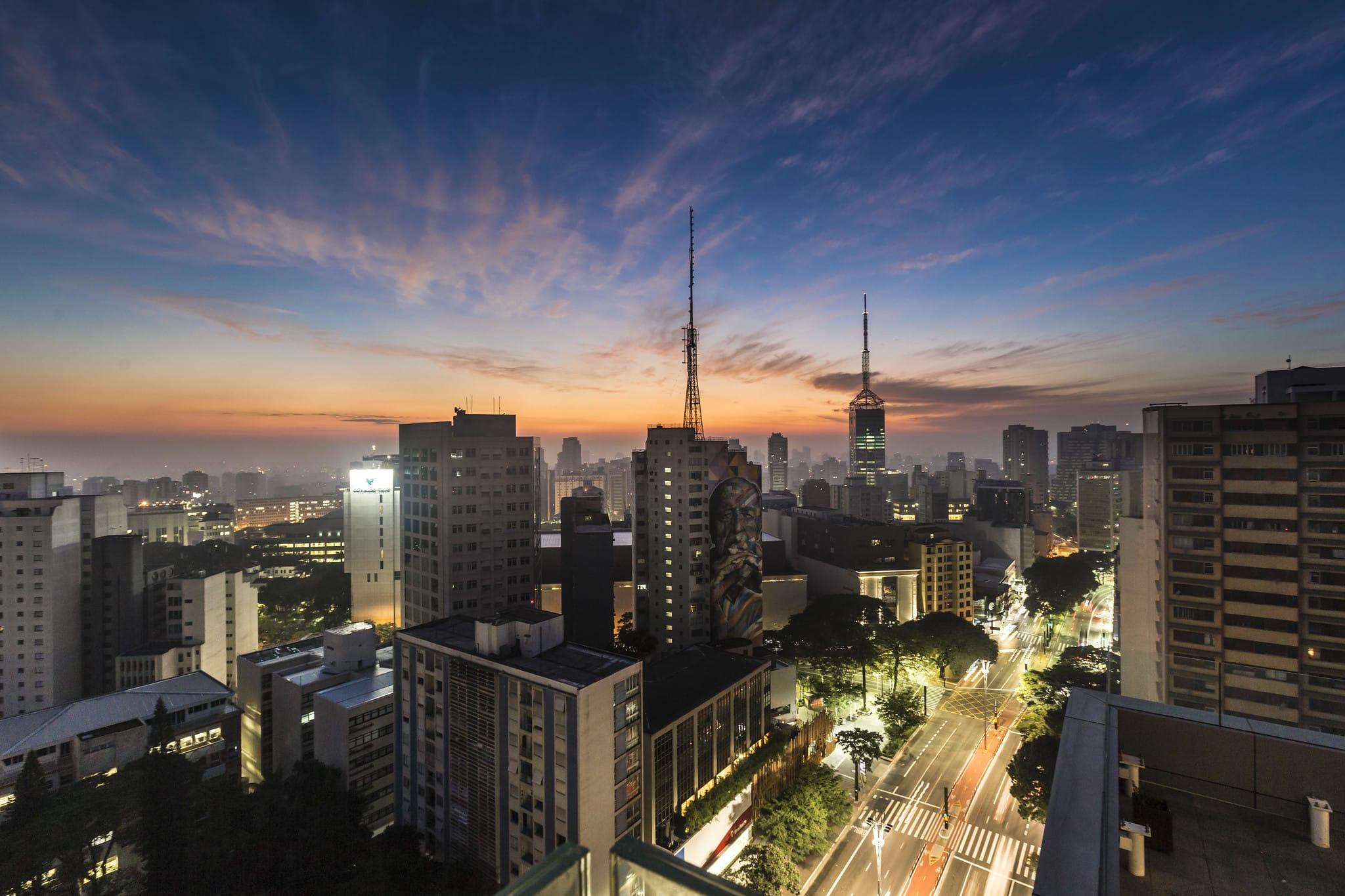 Vista do terraço do Sesc Paulista, um dos mirantes para visitar em São Paulo