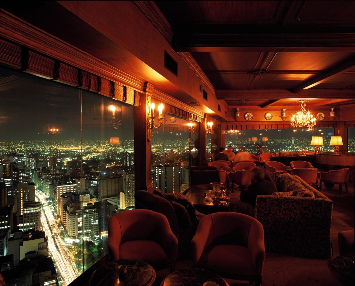Vista do bar do Terraço Itália, no centro de São Paulo