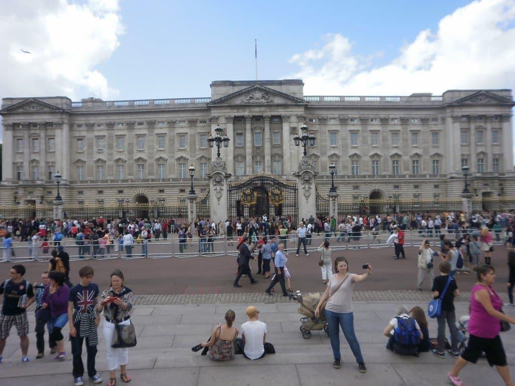 Palácio de Buckingham - Estevam pelo Mundo