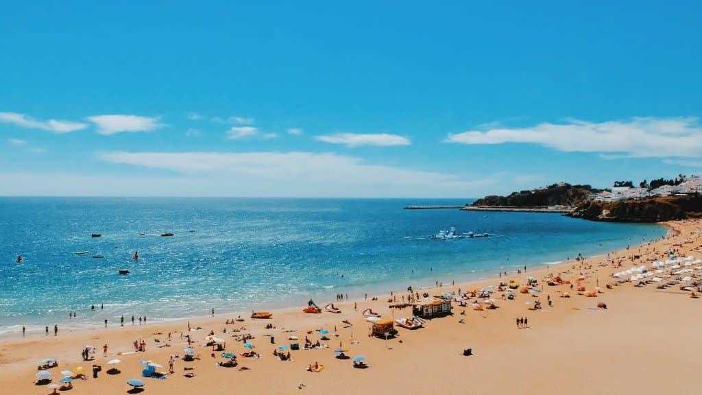 melhor-época-para-viajar-para-Portugal-Algarve