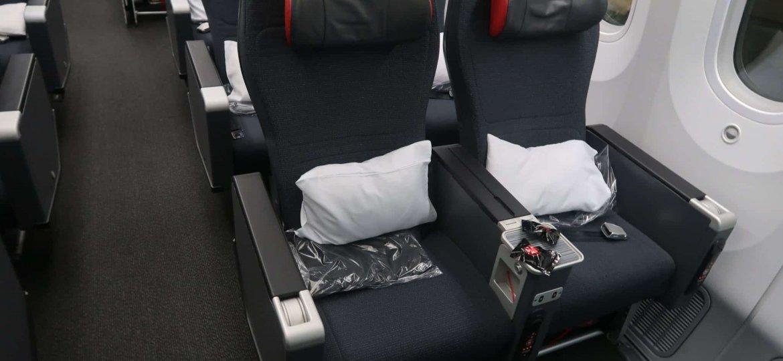 Economica Premium Air Canada