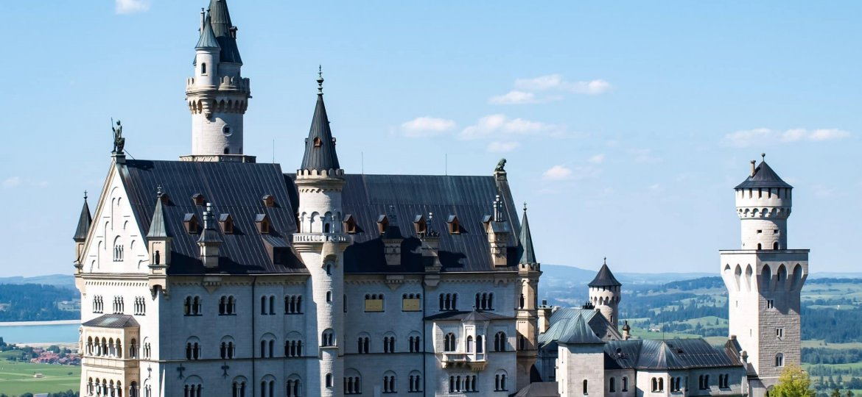 Photo by Nikita SEMERENKO on Castelo Neuschwanstein (Alemanha) - Unsplash