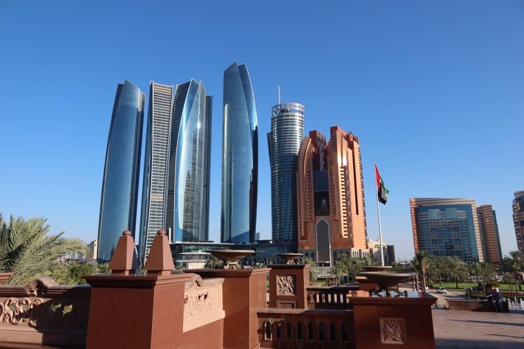 Abu Dhabi está na lista dos destinos para viajar em 2021 - Estevam pelo Mundo