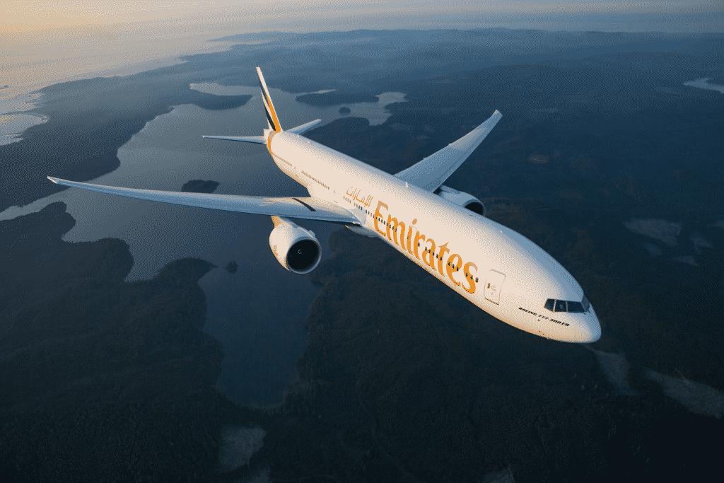 Emirates volta a aceitar brasileiros em voos com destino a Dubai