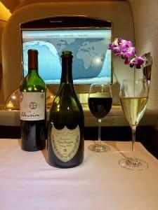 Avião - Emirates - Primeira Classe