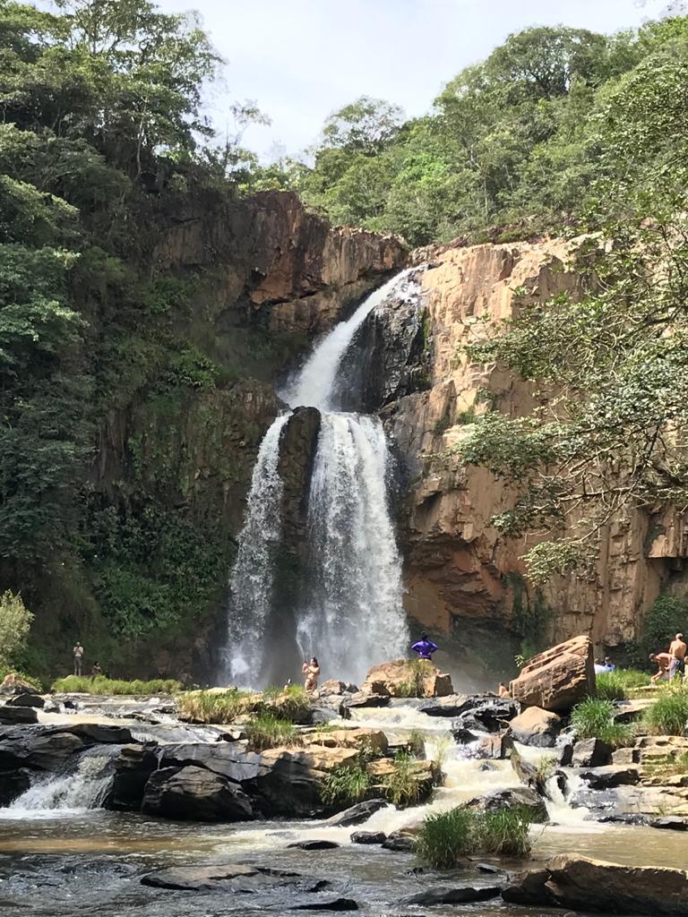 Cachoeira-Fecho-da-Serra